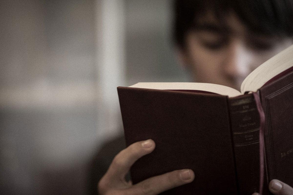 Cărți pentru adolescenți